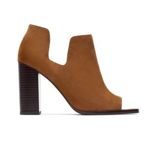 Zara Woman • Camel Suede Ankle Heel Shoes